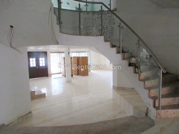 5 Bedroom Executive House + 3 Bq, Cantonments, Accra, Detached Duplex for Rent