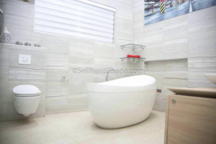 6 Bed Luxury House, Sakumono, Spintex, Accra, Detached Duplex for Sale