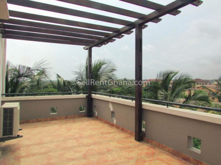 3 Bedroom Detached Townhouse, La Dade Kotopon Municipal, Accra, Detached Duplex for Rent