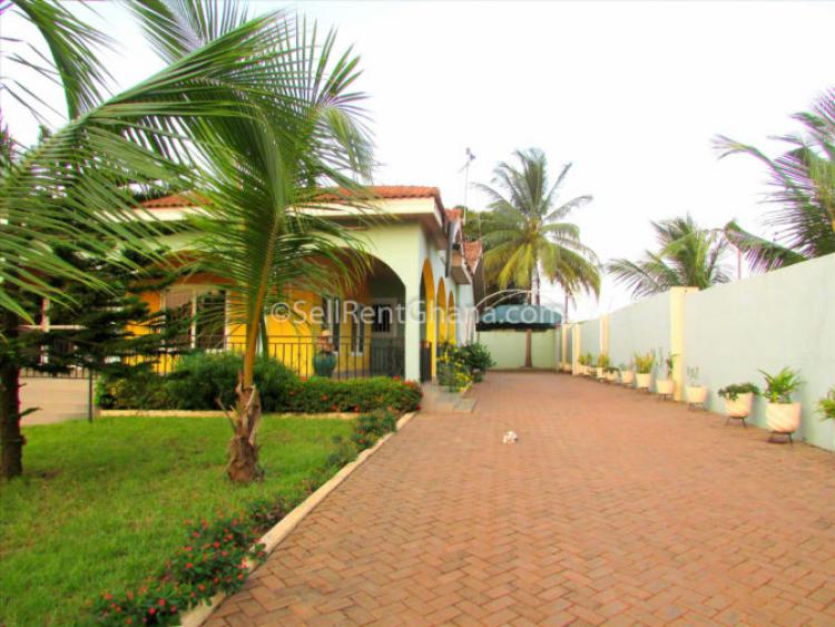 4 Bedroom House + 2 S. Quarters, Spintex, Accra, House for Sale