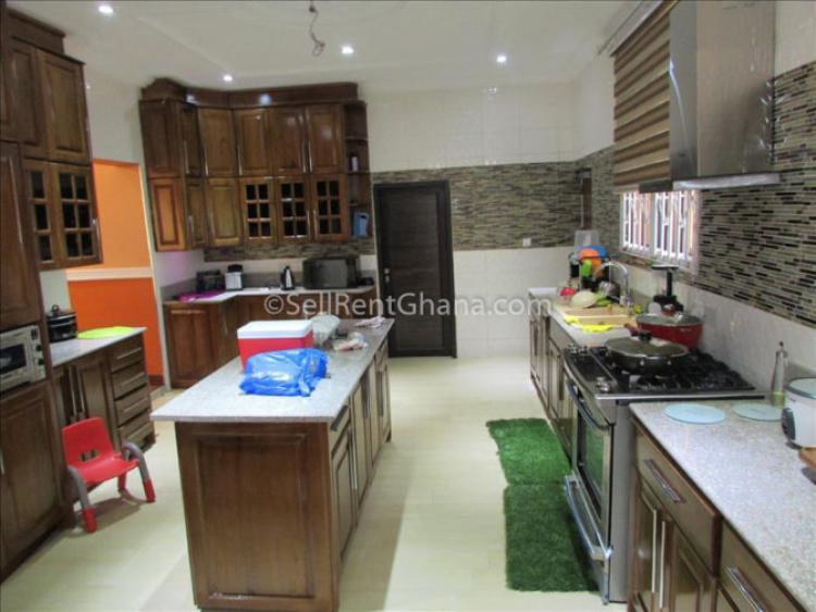 5 Bedroom Luxury House, Spintex, Accra, Detached Duplex for Sale
