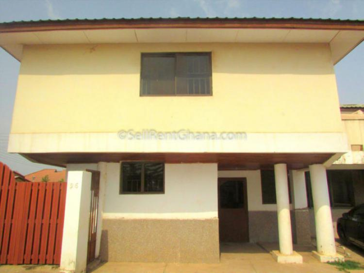 5 Bedroom Unfurnished Townhouse, Spintex, Accra, Detached Duplex for Rent