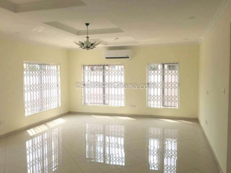 4 Bed Detached House, Community 19, Tema, Accra, House for Sale