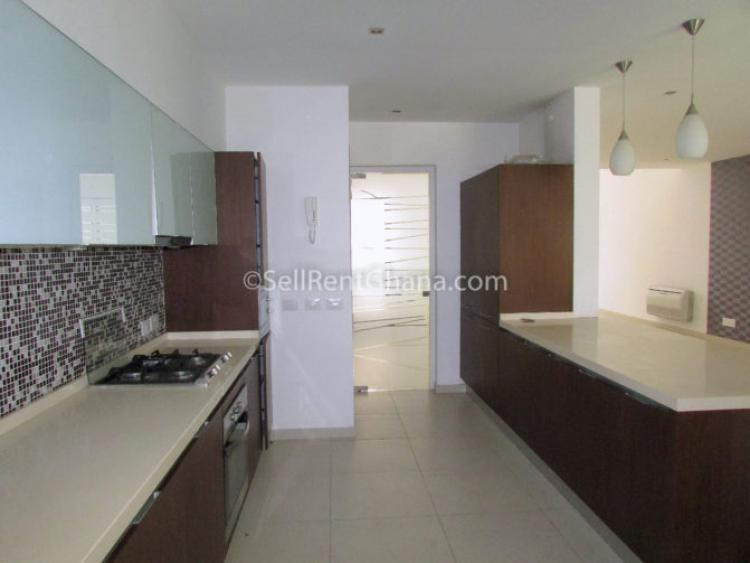 3 Bedrooms Executive Townhouse, North Ridge, Accra, Townhouse for Rent