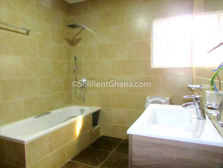 3 Bed Townhouse with Staff Quarters, Cantonments, Accra, Detached Bungalow for Rent