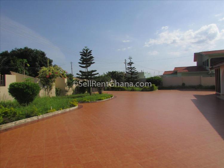 7 Bedroom Townhouse + Staff Quarters, West Legon, Ga East Municipal, Accra, Detached Bungalow for Rent