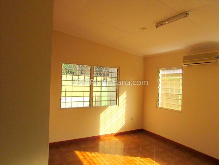 3 Bedroom Townhouse, East Legon, Accra, Detached Bungalow for Rent