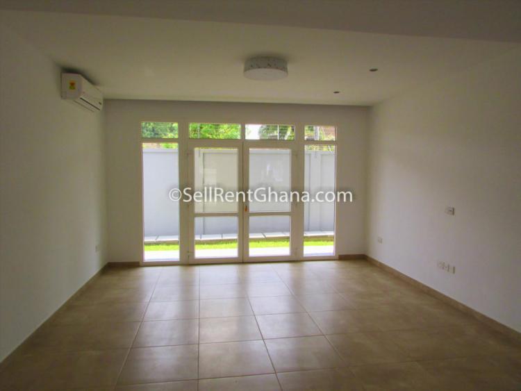 3 Bedroom Townhouse, North Ridge, Accra, Terraced Duplex for Rent