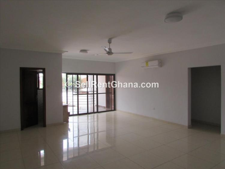 3 Bedroom Unfurnished Apartment, Airport Residential Area, Accra, Flat for Rent