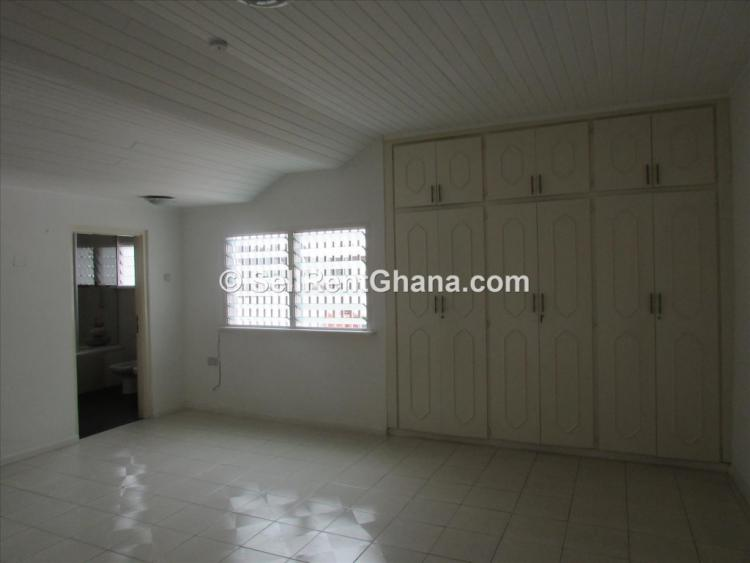 5 Bedroom House + Pool & 3 Bq, Airport Residential Area, Accra, Terraced Duplex for Rent