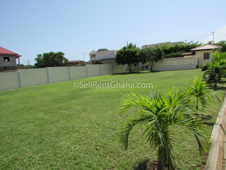 3 Bedroom Apartment + Staff Quarters, East Airport, Airport Residential Area, Accra, Flat for Rent