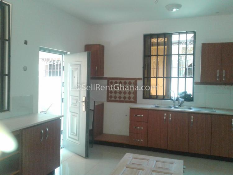 4 Bedroom Detached House, Community 18, Tema, Accra, Detached Duplex for Sale
