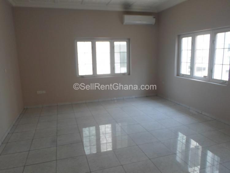 4 Bedroom Detached Storey House, Spintex, Accra, Detached Duplex for Sale