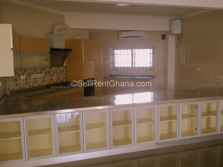 3 Bedroom Penthouse & Apartment, Cantonments, Accra, Flat for Rent