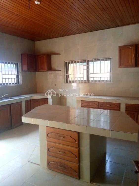 4 Bedroom Story, Kasoa Scc, Awutu-senya, Central Region, House for Rent