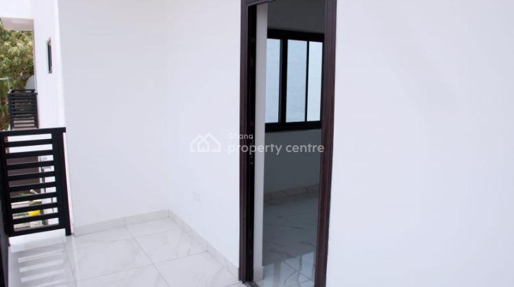 3 Bedroom Detached House, Dawhenya, Tema, Accra, Detached Duplex for Sale