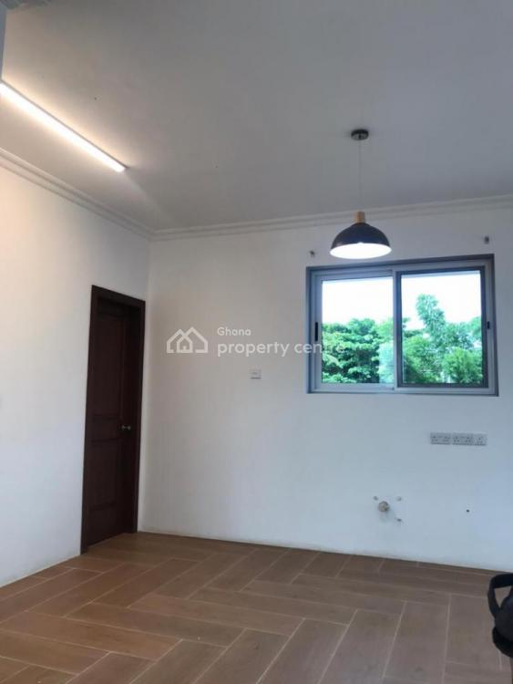 Unfurnished 2 Bedroom Apartment, Tema, Accra, Flat for Rent