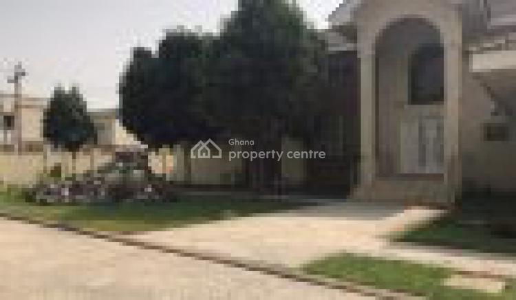 5 Bedroom House, Pokrom, Akuapim South Municipal, Eastern Region, Detached Duplex for Rent