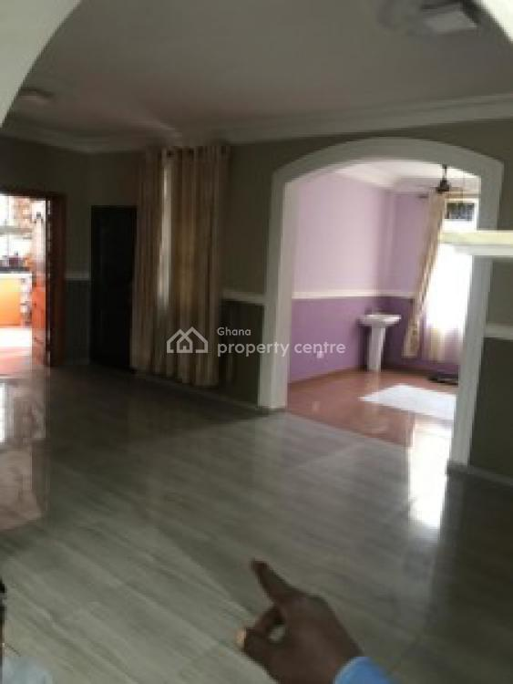 Executive 5 Bedrooms House, Ashongman, Ga East Municipal, Accra, House for Sale