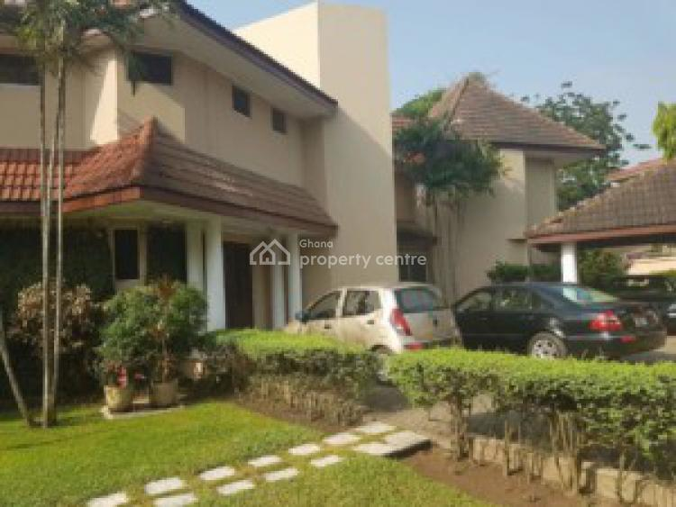Executive 4 Bedrooms with 1 Bqs on 2 Plots, Cantonments, Accra, House for Sale