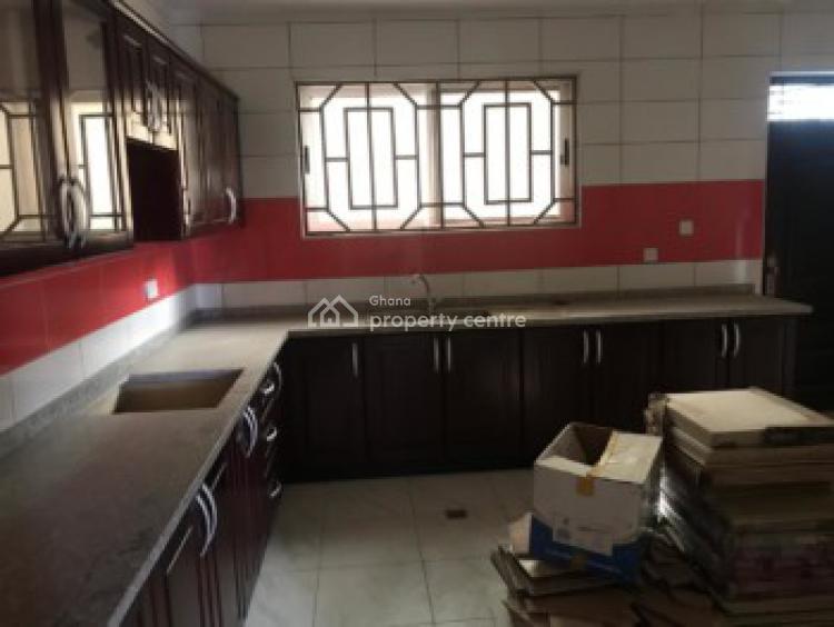Executive 3 Bedrooms House, Pokuase Hills, Darkuman, Accra, House for Sale