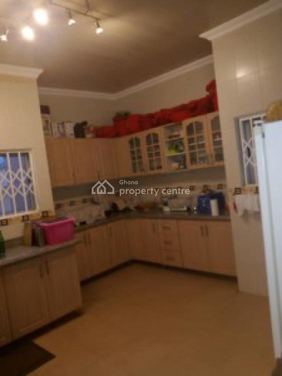 Executive 3 Bedrooms on 70/100 Plot, Old Ashongman, Ga East Municipal, Accra, House for Sale