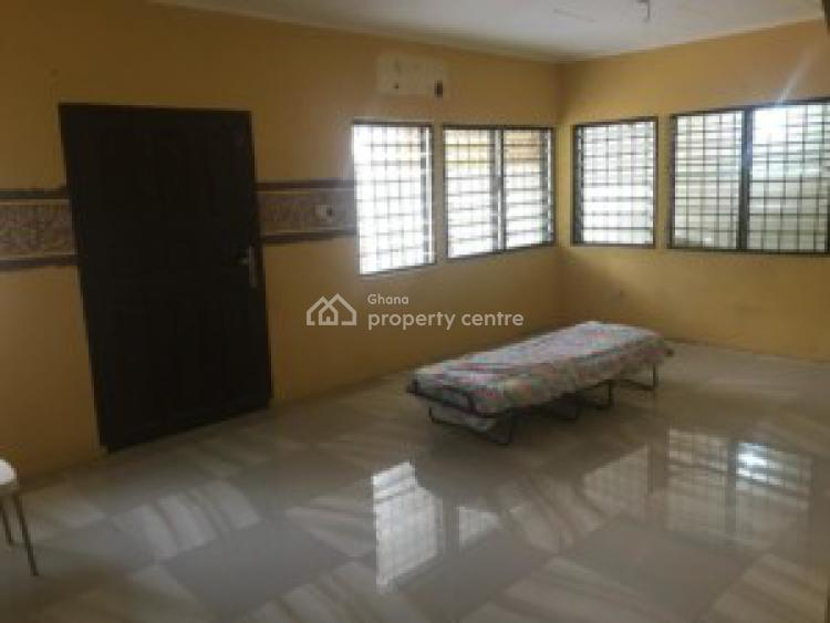 Executive 3 Bedrooms House, Regimanual Estate, Atomic Down Round, Ga East Municipal, Accra, House for Sale