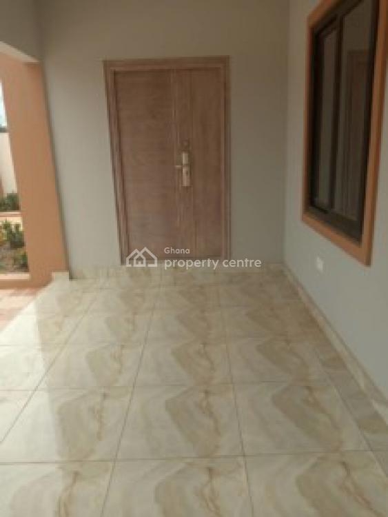 an Executive 3 Bedrooms House, Old Ashongman, Ga East Municipal, Accra, House for Sale