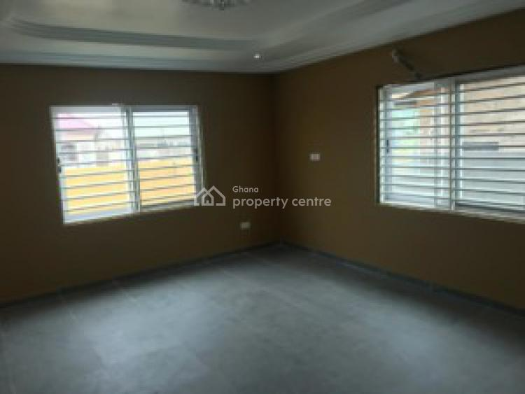 an Executive 3 Bedrooms House, Lakeside Ashley Botwe, Adenta Municipal, Accra, House for Sale