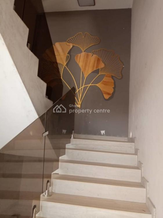 an Executive 5 Bedrooms House with 1 Bedroom Boys Quarters, East Legon, Accra, House for Sale