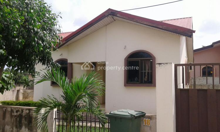 a 2bedroom Detached, Oyarifa, Accra Metropolitan, Accra, House for Sale