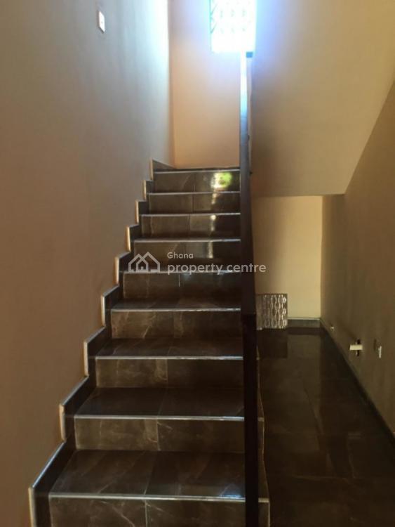 an Executive 3 Bedrooms Semi Detach House, Ashongman Estate, Ga East Municipal, Accra, Semi-detached Duplex for Sale