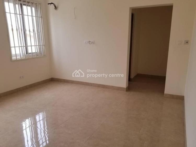 3 Bedroom Semi Detached House, Sakumono, Nsakye, Akuapim South Municipal, Eastern Region, House for Sale