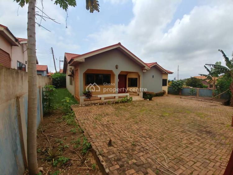 2 Bedroom Detached House, Berekuso, Akuapim South Municipal, Eastern Region, House for Sale