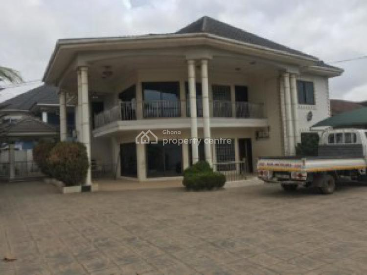 an Executive 5 Bedrooms House, Atomic/ Taifa Road, Accra Metropolitan, Accra, House for Sale