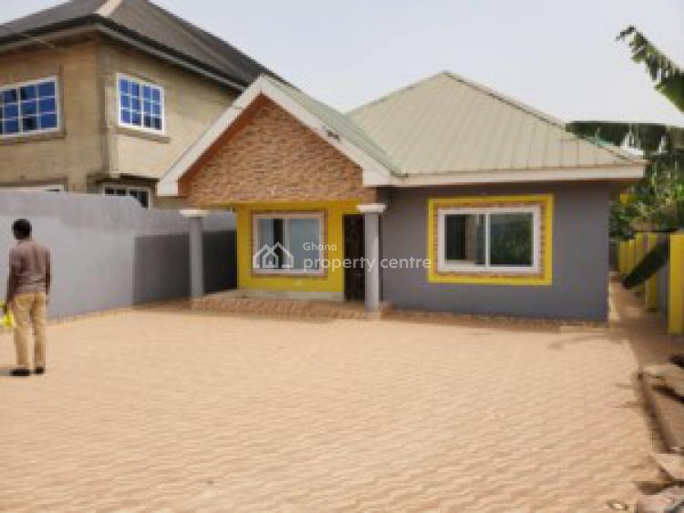 an Executive 3 Bedrooms House, Kwabenya Acp Road, Accra Metropolitan, Accra, House for Sale
