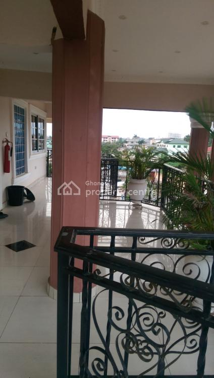 3bedrooms Self Contained Apartment, Dansoman Control Area, Dansoman, Accra, Terraced Bungalow for Rent