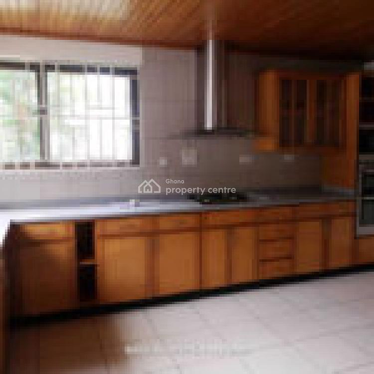 3 Bedrooms Townhouse, Near The Norwegian Embassy, Cantonments, Accra, Townhouse for Rent