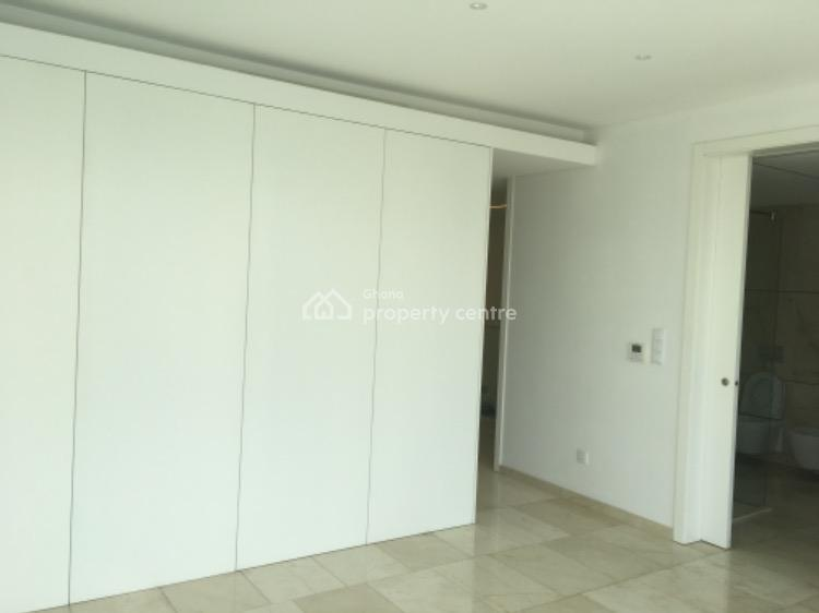 Luxury 3 Bedroom Townhouse with 1 Bedroom Boys Quarters in Cantonments, Cantonments, Accra, Semi-detached Duplex for Rent