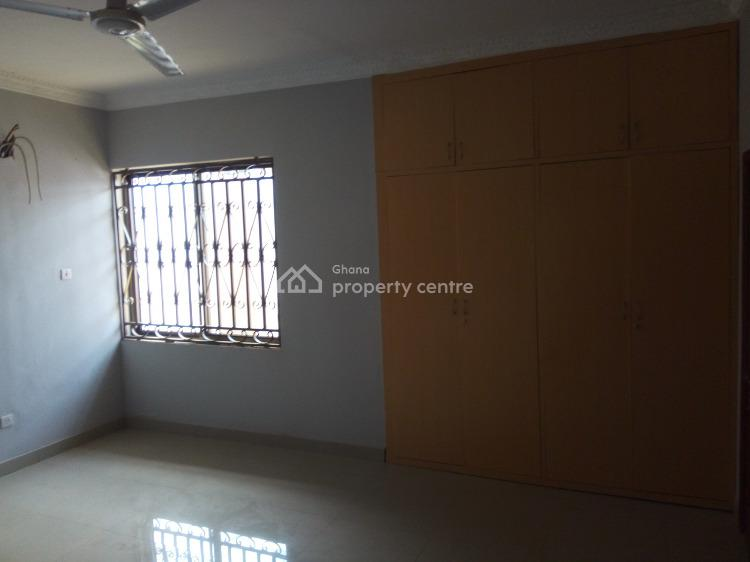 4bedrooms House+1bq  in Hill View Emefs Estate Gated Community, Afienya, Tema, Accra, Terraced Bungalow for Sale