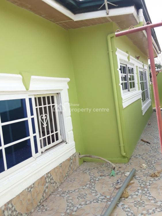 3 Bedrooms, Akom, Afigya-kwabre, Ashanti, Townhouse for Sale