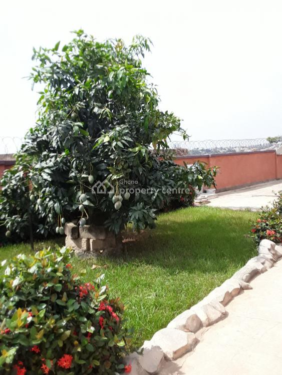 7 Bedrooms, Kenyasi Nwamase, Kumasi Metropolitan, Ashanti, Townhouse for Sale