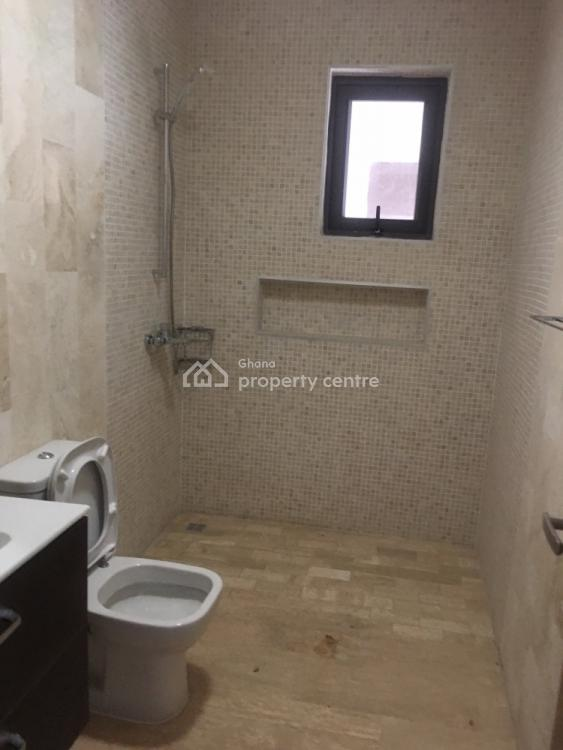 Unfurnished 3 Bedroom Townhouse, Cantonments, Accra, Semi-detached Duplex for Rent