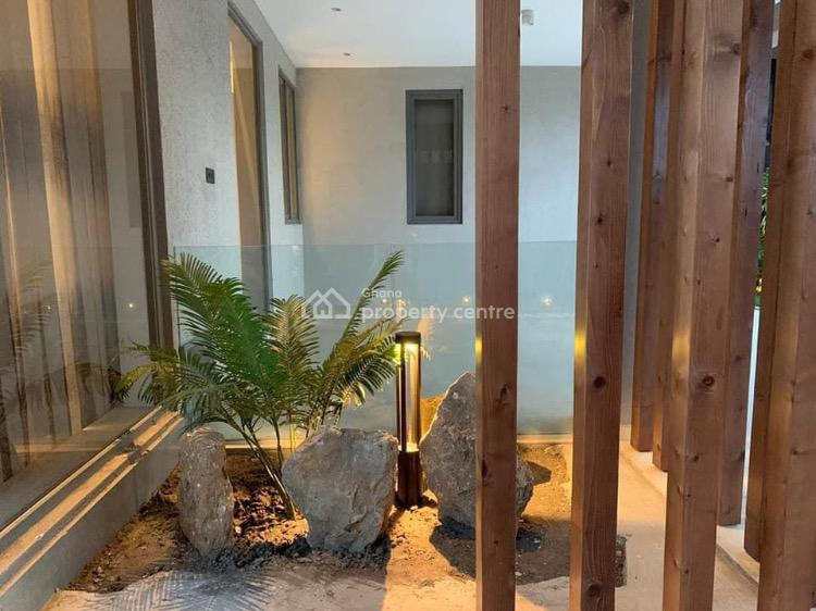 Luxury 7 Bedroom Mansion  in East Airport, East Airport, Airport Residential Area, Accra, House for Sale