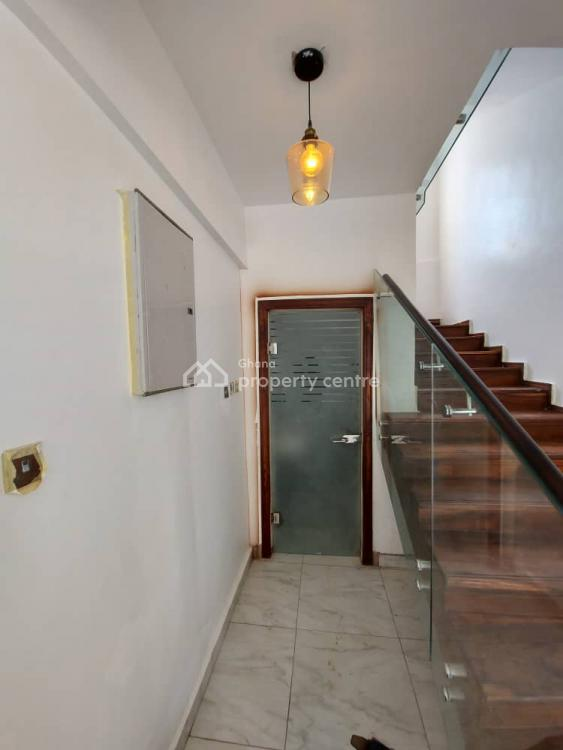 5 Bedrooms House, Tantra Hills, North Kaneshie, Accra, Detached Duplex for Sale