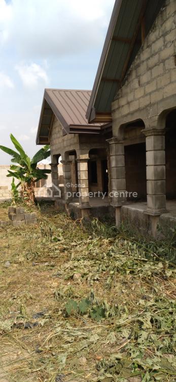 Luxury 4 Bedrooms, Kenyasi Adwumam, Kwabre, Ashanti, Townhouse for Sale