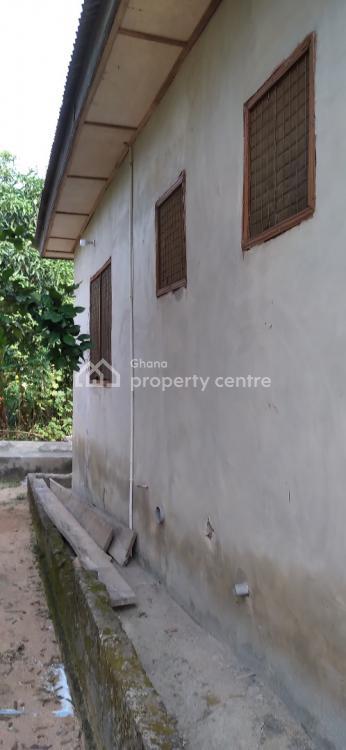4 Bedrooms, Kenyasi Abrem Nwamase, Kumasi Metropolitan, Ashanti, Townhouse for Sale