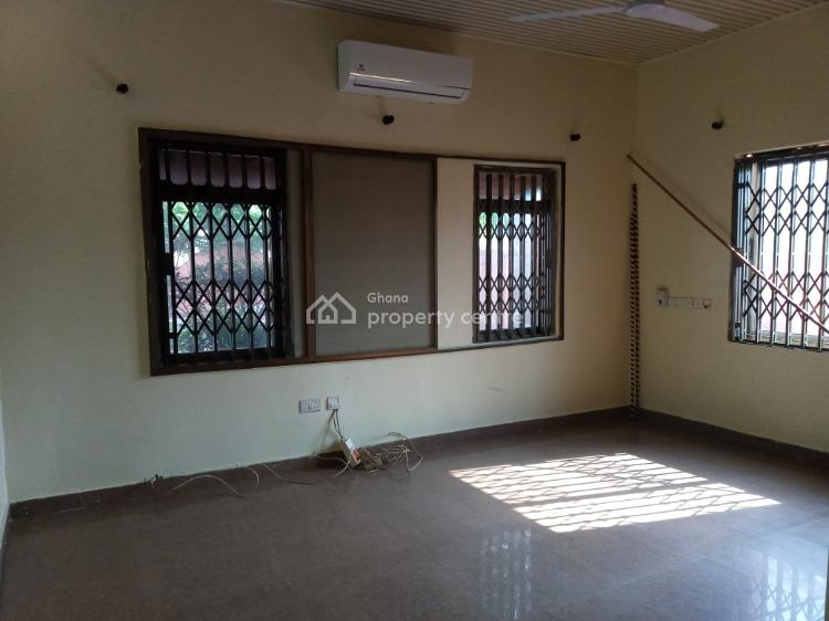 4 Bedroom Located at Ashale Bowe, Accra Metropolitan, Accra, Terraced Bungalow for Rent