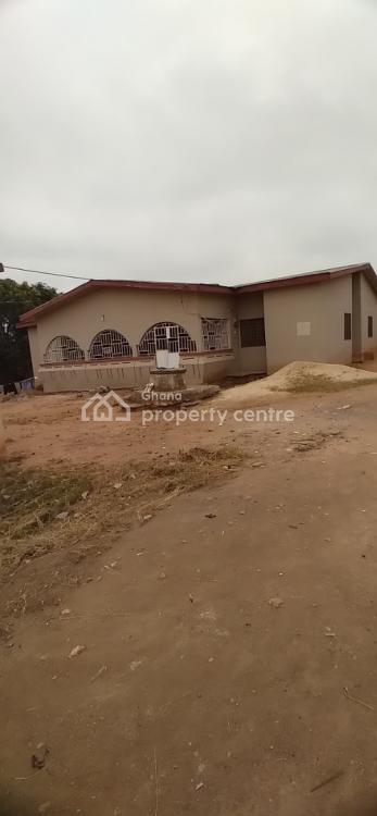 5 Bedrooms and 2 Stores, Kenyasi New Site, Kumasi Metropolitan, Ashanti, Townhouse for Sale