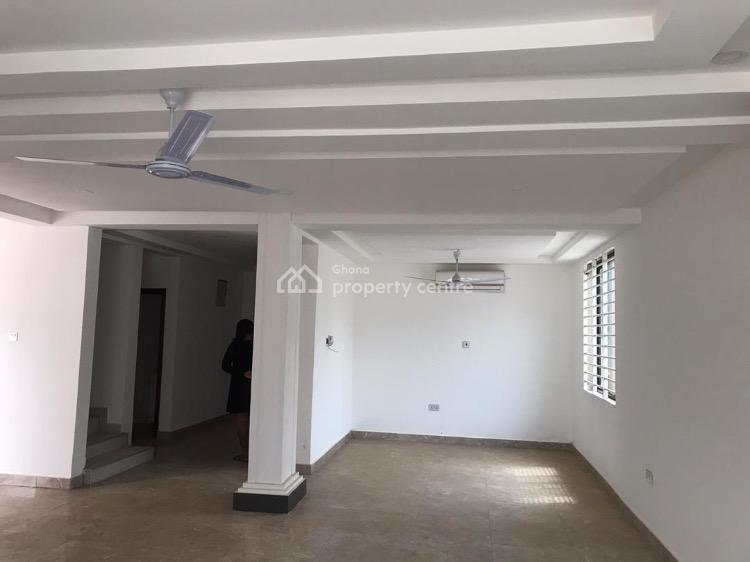 5 Bedroom House, Adenta, Adenta Municipal, Accra, Detached Duplex for Sale